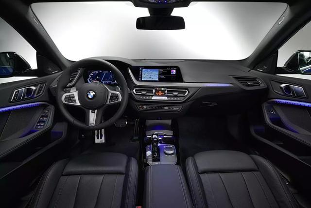 宝马2系GrandCoupe发布,对手直指奔驰CLA,配无框车门比A3帅