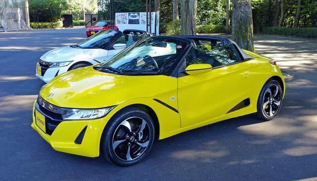 本田最小最便宜的跑车,敞篷设计+两座布局,百公里油耗仅4.1升!