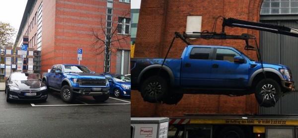 一福特皮卡挡住了特斯拉充电桩被警方用起重机抬走