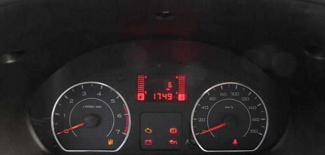 车圈难题:小排量车为什么不适合跑高速?多少排量的车适合?