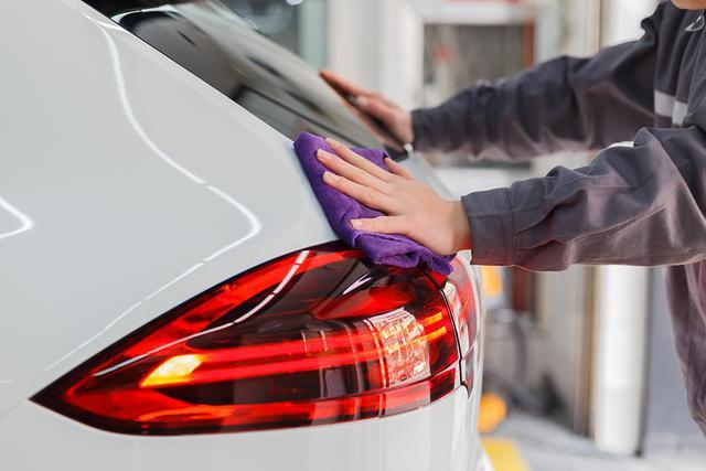 蒸汽清洗是如何提升汽车内部环境的?