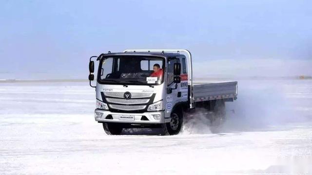 天气恶劣,货车该如何行驶安全?老司机来告诉你这些技巧