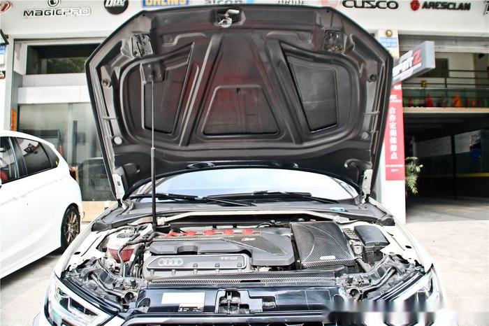 这么改奥迪RS不仅看起来更帅气, 安全性提高了很多