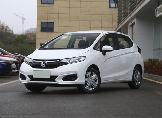 2019微型车排行_宝骏微型电动车E100上市,补贴后售4.68和5.98万
