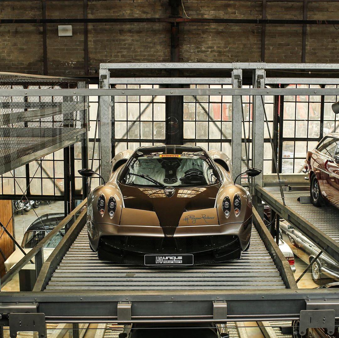 帕加尼Huayra实车 饱满大气的运动感