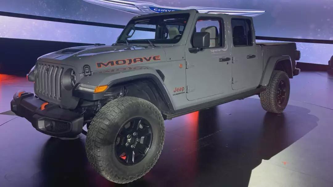 Jeep Gladiator推特别款 能去沙漠玩沙子的皮卡