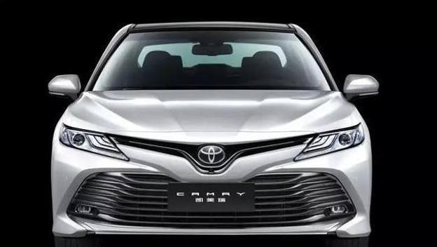 月入过万的上班族,推荐两款优质车型,丰田凯美瑞和奥迪Q2