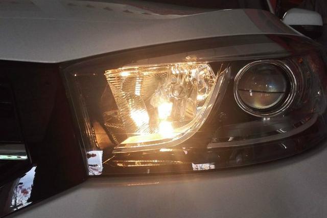 汽车上的卤素、LED、氙气和激光大灯,到底谁更好?网友:必选它