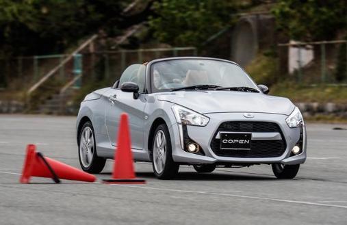 丰田最纯粹的一款车,不实用、不快也不省油,只会给你驾驶乐趣