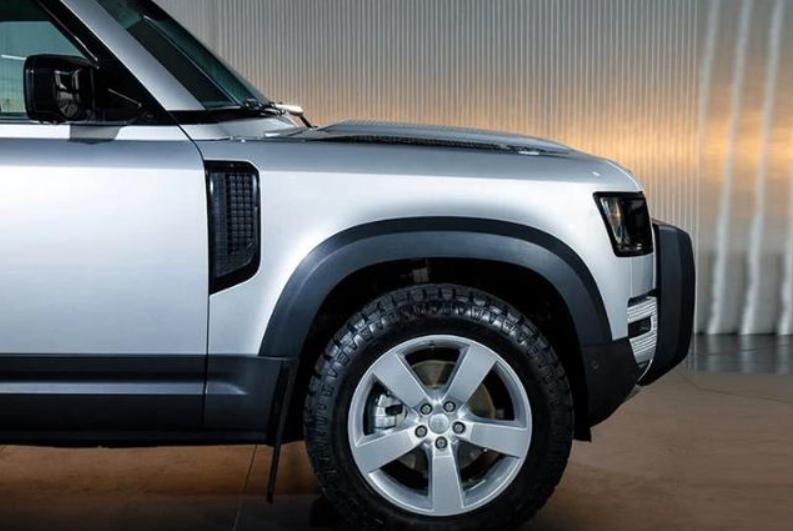 路虎又一7座SUV四月上市,30万配2.7L四驱,还看普拉多吗?