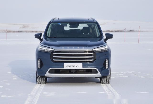 """奇瑞布局中大型SUV,内饰无可挑剔,搭载""""中国芯""""2.0T发动机"""