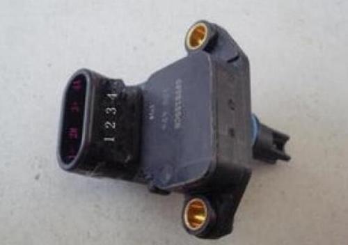 如何测量进气压力传感器好坏?