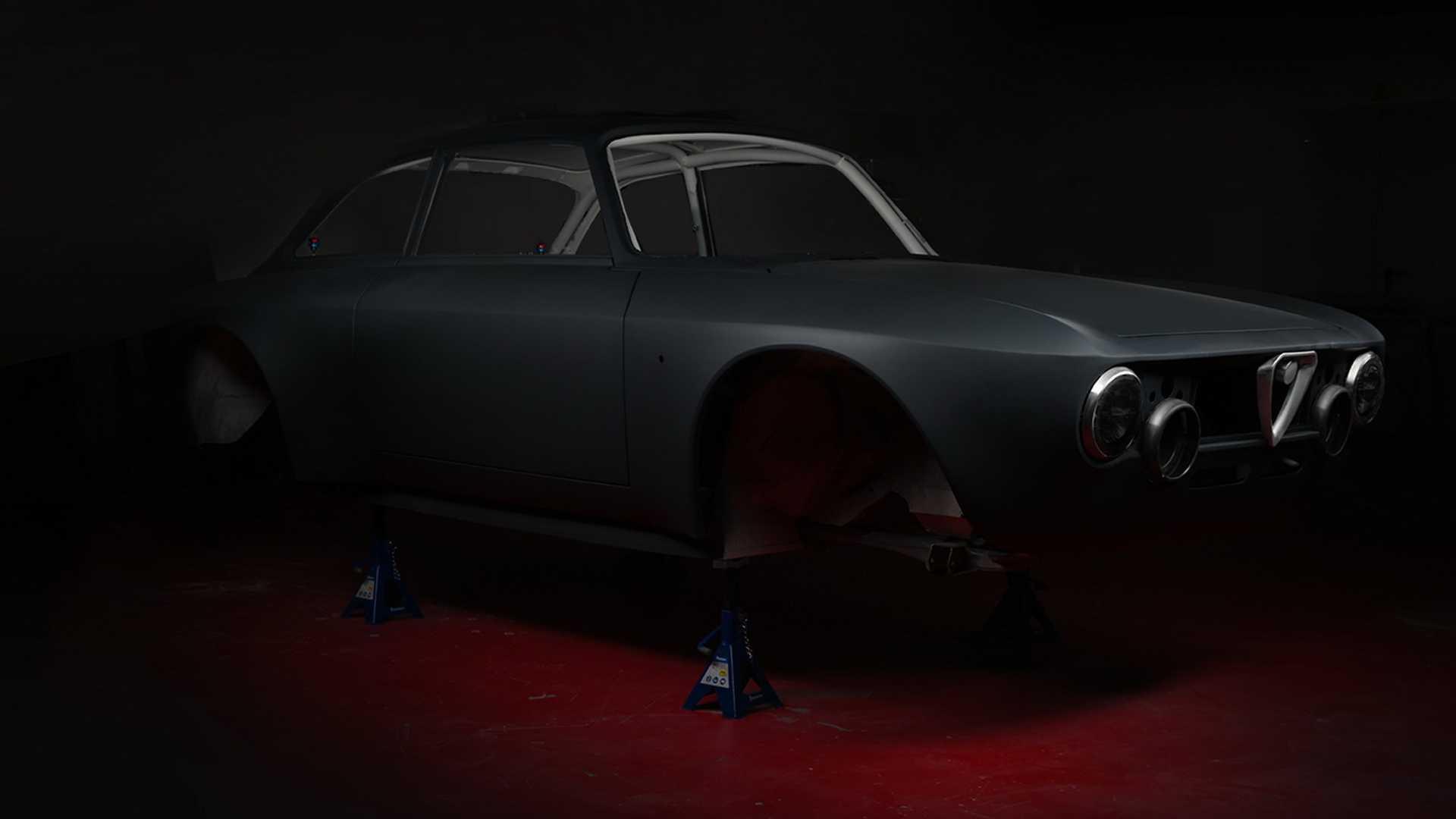 阿尔法·罗密欧GT Junior碳纤维电动汽车 最大功率达518hp