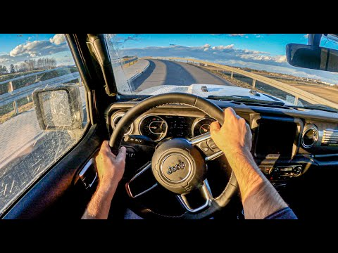 """玩越野就买它!第一视角试驾Jeep牧马人Sahara 城市化但具""""越野魂"""""""