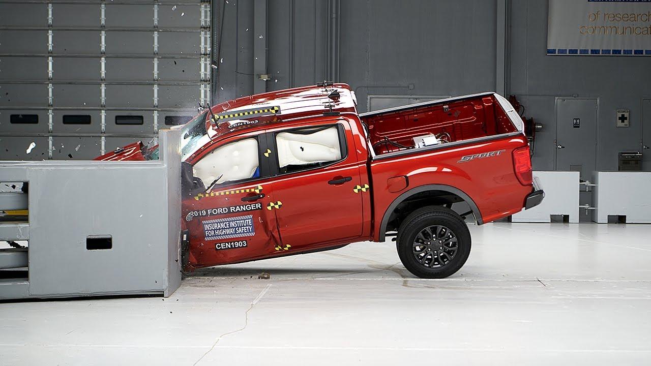 安全性能也很出色!福特Ranger参与碰撞测试