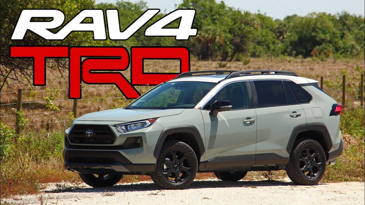 一台够爷们儿的越野车,实拍2020款丰田RAV4 TRD越野版