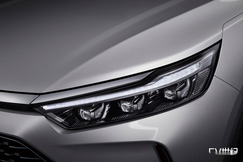 BEIJING-X7首发预售10万-15万元 不久后将推插电混动车型