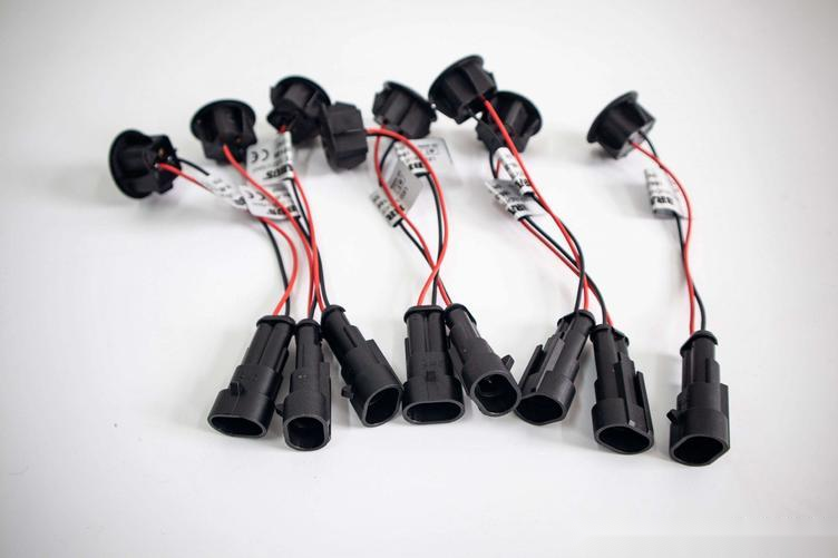 无损安装巴博斯底盘照明灯,高端大气,适用于奔驰所有车型