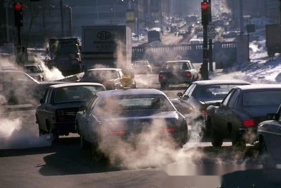 国内首个禁售燃油车地区确定,车主大喊:刚买的燃油车咋办