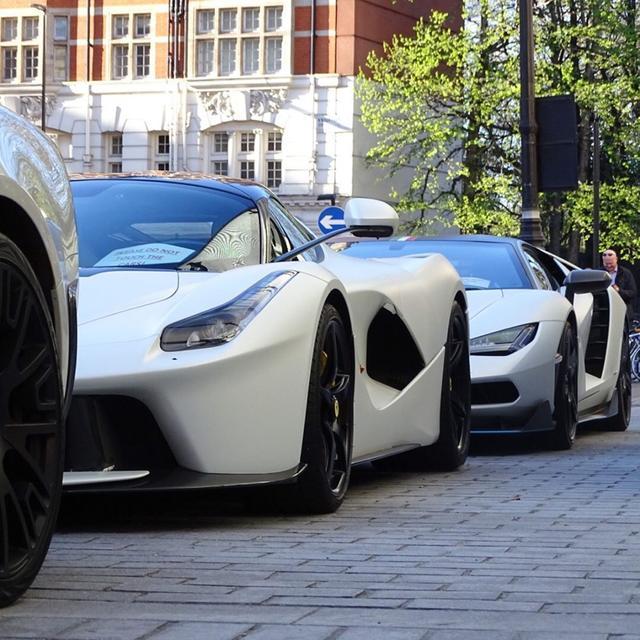 满大街的超跑,你会选择哪辆开回家?