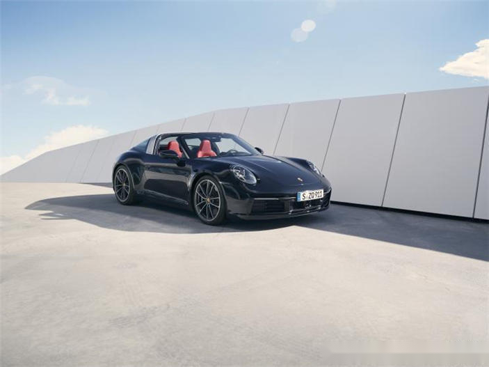 全新保时捷911 Targa 4/4S官图亮相 售149.90万起