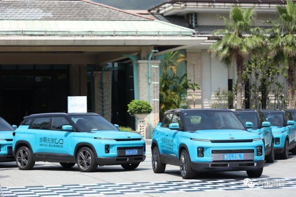 试驾吉利最科幻SUV,实测油耗表现出色,ICON将成为下一个爆款?