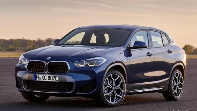 宝马X2插混车型官图发布,使用BMW iWallbox技术
