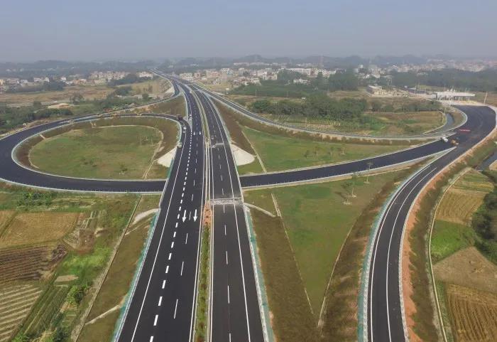 广西荔浦至玉林高速公路将于2020年底建成通车