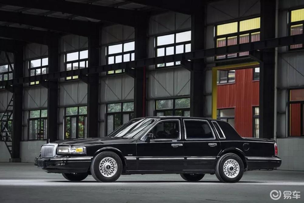 同是美式豪华车,为何凯迪拉克能成功,而林肯却还在苦苦挣扎