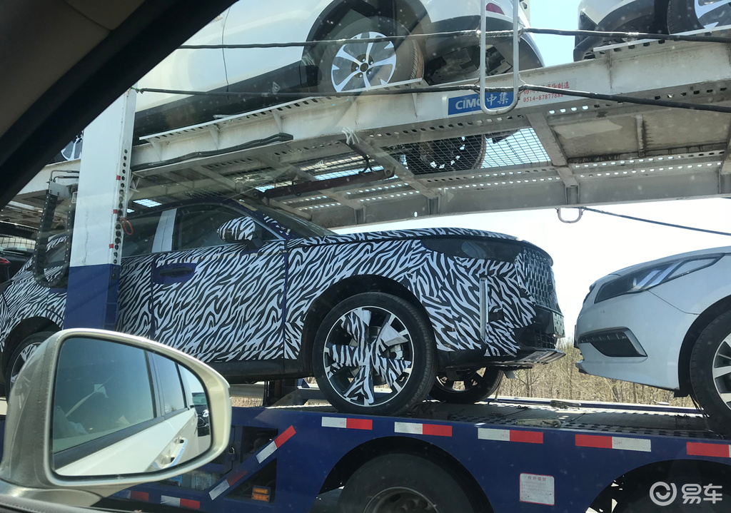 一汽奔腾T99谍照曝光 定位中大型SUV/或下半年上市
