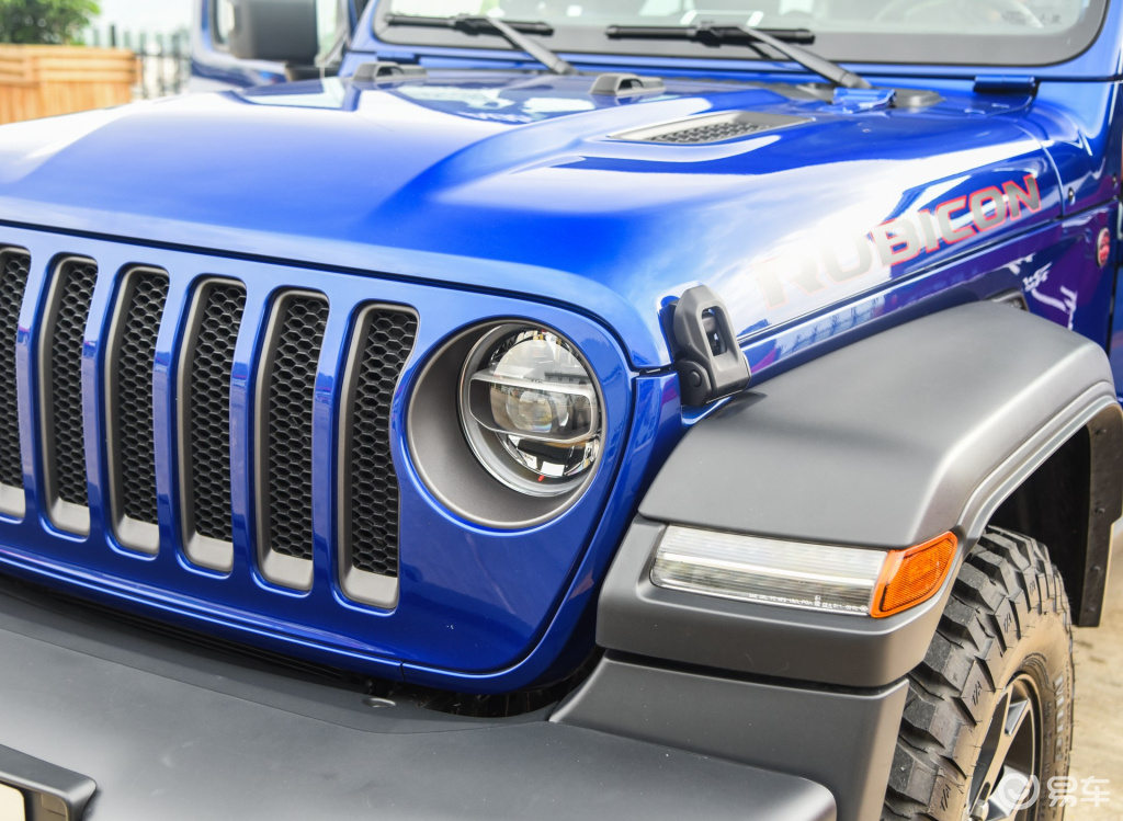 选硬派SUV何不看看它,2.0T有266匹,43万提裸车