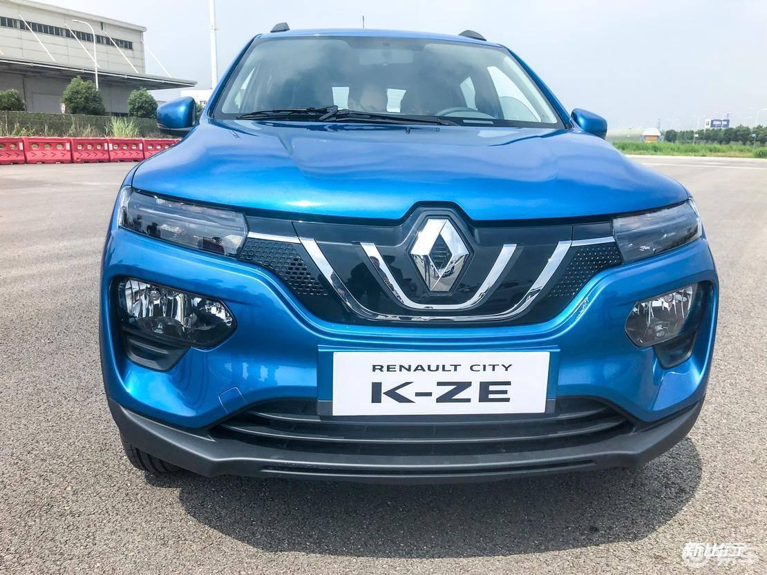乐趣十足的法系纯电小型 SUV 试驾雷诺 K-ZE