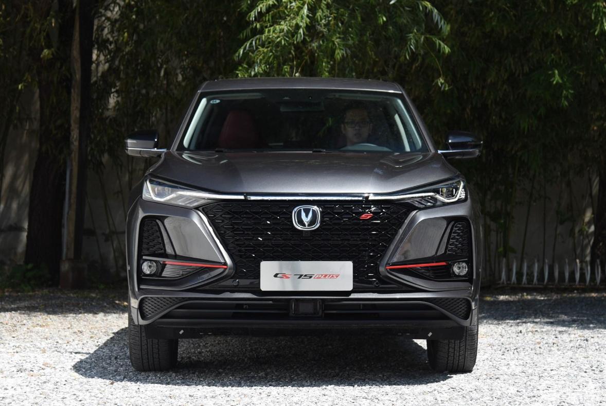 35天销售3万辆,长安这款最美SUV大有超越哈弗H6之势