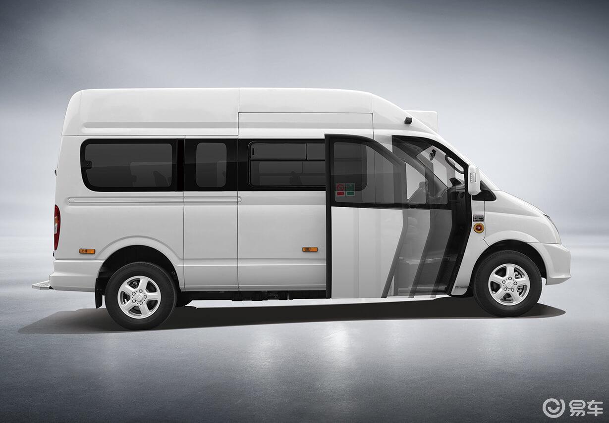 上汽大通V80,既能旅游又能家用,超大空间省油耐用