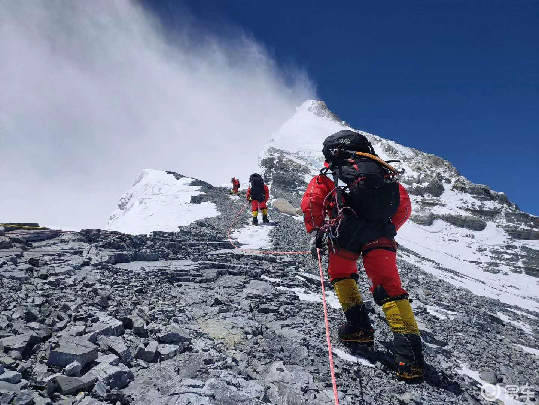 山高怕什么,攀登就是了