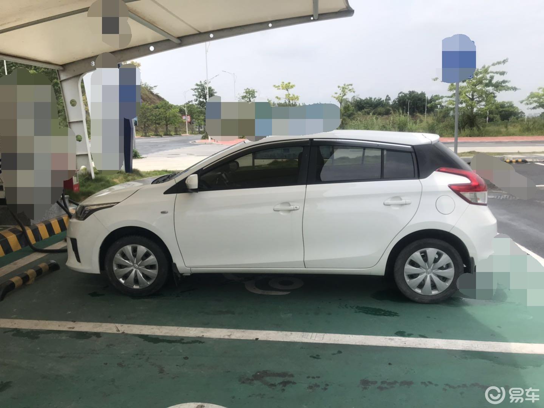 女大学生买二手车练技术,5万块的丰田致炫如何?网友:省心