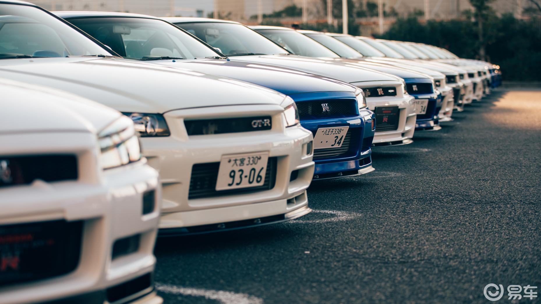 日本街头这些超跑,快闪瞎眼了!