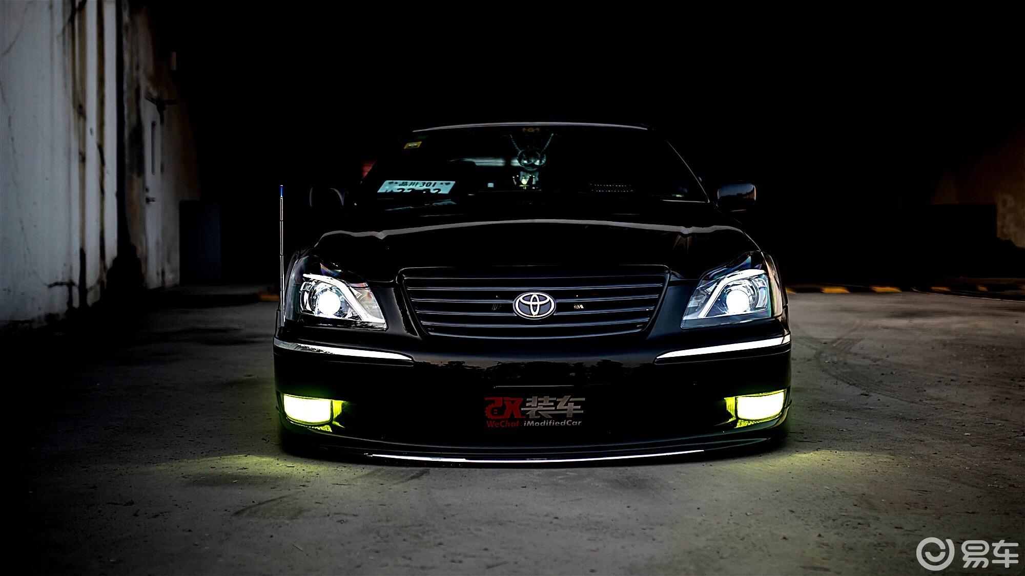 改完还原几经周折,丰田12代皇冠帅气VIP姿态归来!