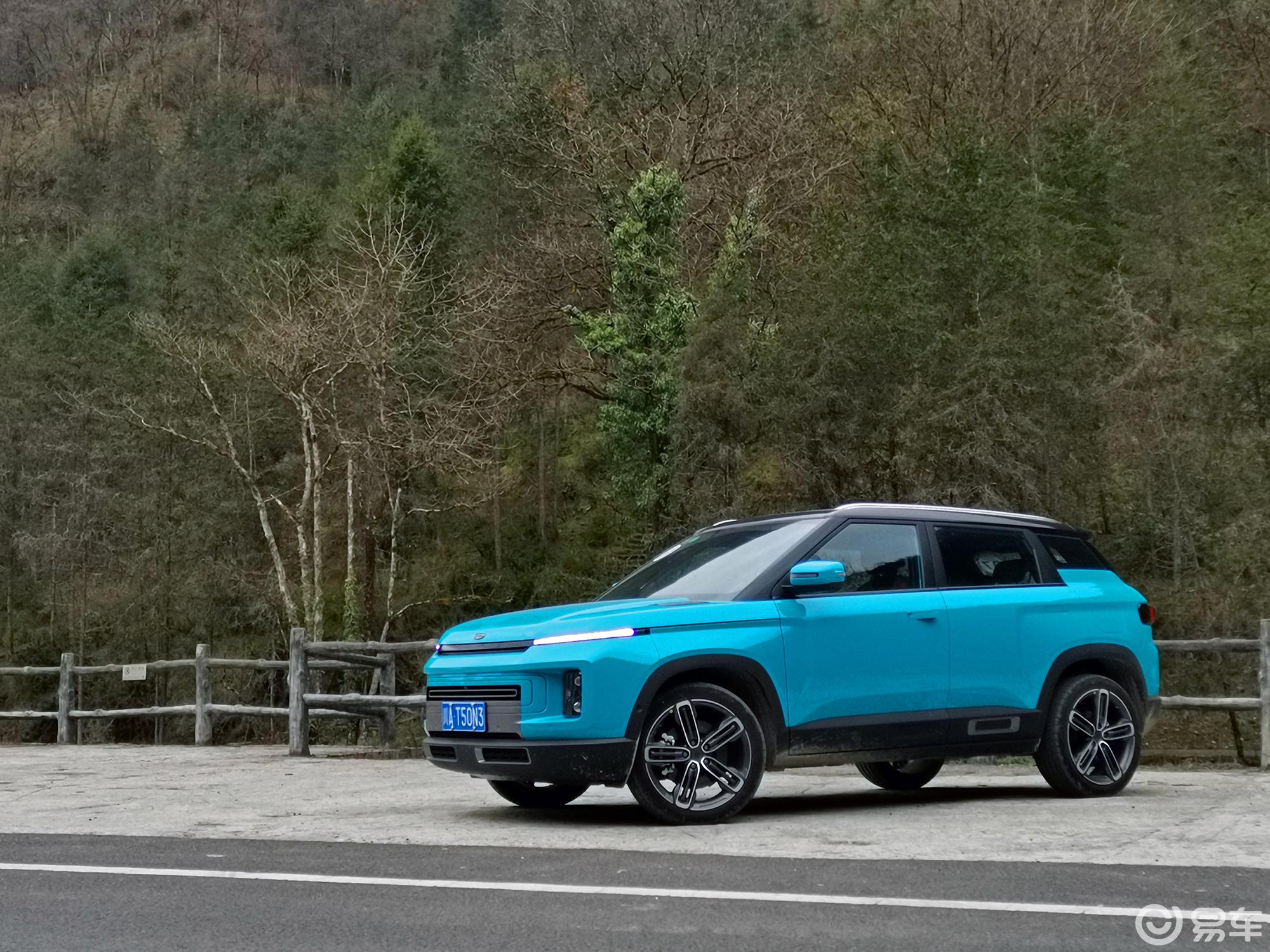 吉利ICON评测:这种个性SUV,只能由自主一哥来开头