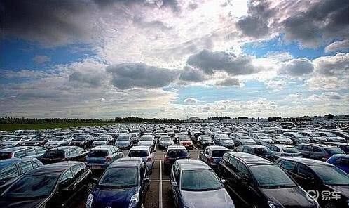 2月全国二手车交易量7.11万辆 环比降92.78%