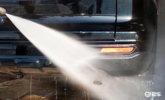 为什么汽车可以洗但不可以泡水?