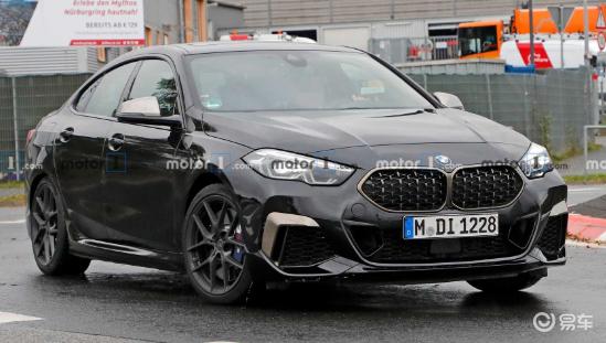 新款宝马2系Gran Coupe M235i路试图片曝光