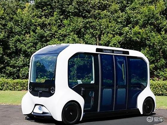 拥有丰田自动驾驶技术的客车