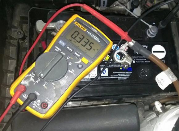 """蓄电池突然没电,有几种办法可以""""自救"""""""