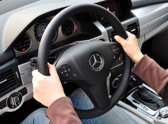 车上的定速巡航到底怎么用?