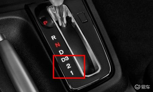 自动挡车爬坡动力不足应该如何换挡?