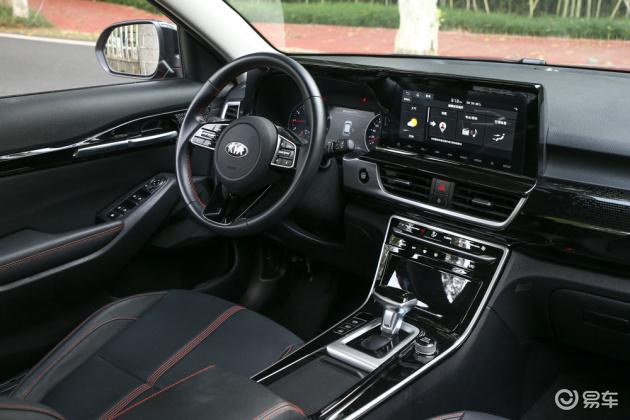 体验实拍全新起亚KX3傲跑高颜值的个性小型SUV