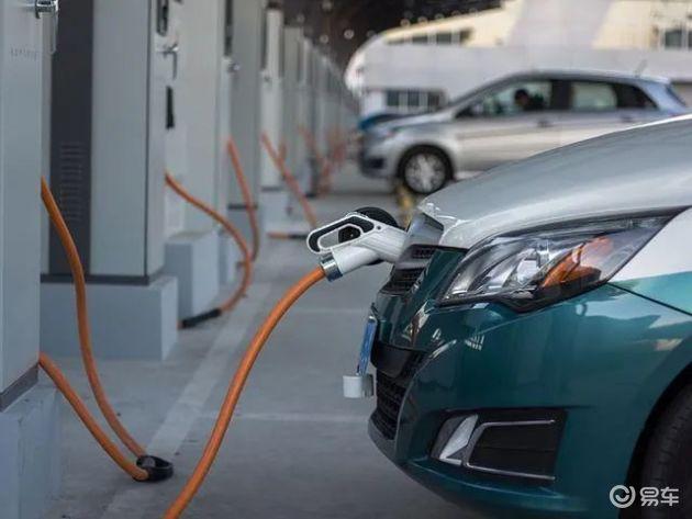 """新能源车与二手车""""角逐""""汽车消费新增长点?"""
