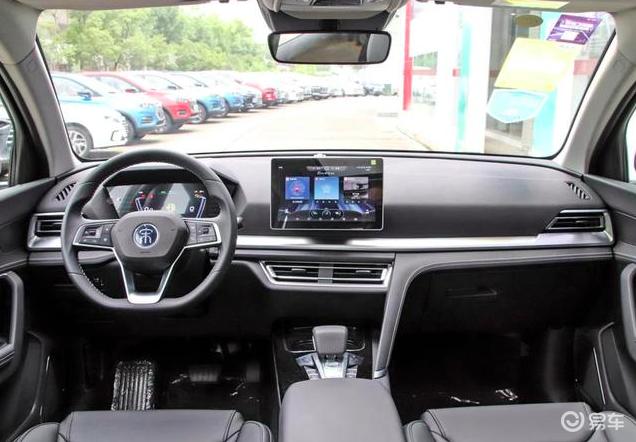 销量力压CR-V,这款不到9万的国产SUV终于熬出头了