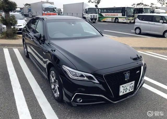 全新一代丰田皇冠,气势超奥迪A6L,配2.5L自吸带四驱